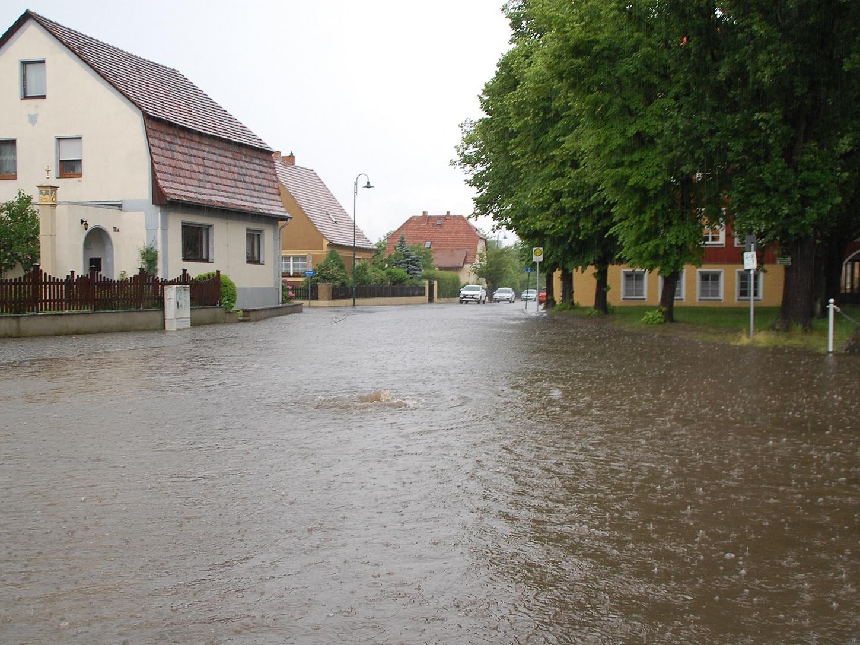 Bis 85 Liter pro m² Gewitter 45 Minuten über Wittichenau DSC_0257